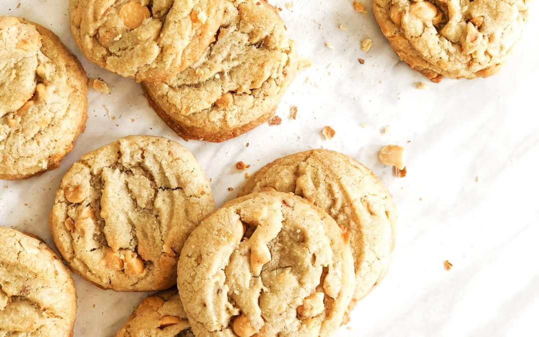 Bacon cookies with butterscotch chips and salted peanuts